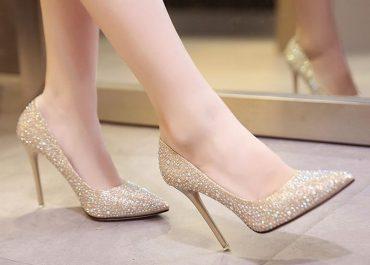 Sepatu Louboutin Milik Syahrini